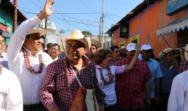 El Presidente Municipal de Chilpalcingo,Antonio Gaspar Beltrán y el Gobernador Héctor Astudillo Flores