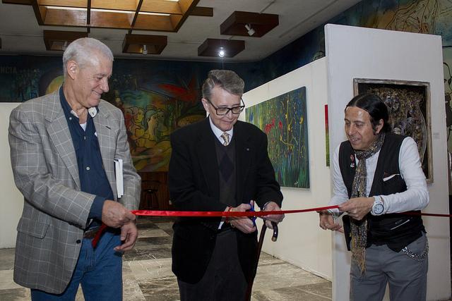 Embajador de Cuba, Pedro Núñez Mosquera y el Secretario de Cultura de la Ciudad de México, José Alfonso Suárez del Real Aguilera