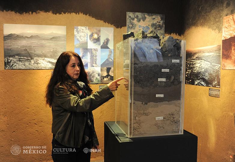 María del Carmen Solanes Carraro, de la Dirección de Registro Público de Monumentos y Zonas Arqueológicos e Históricos del INAH.