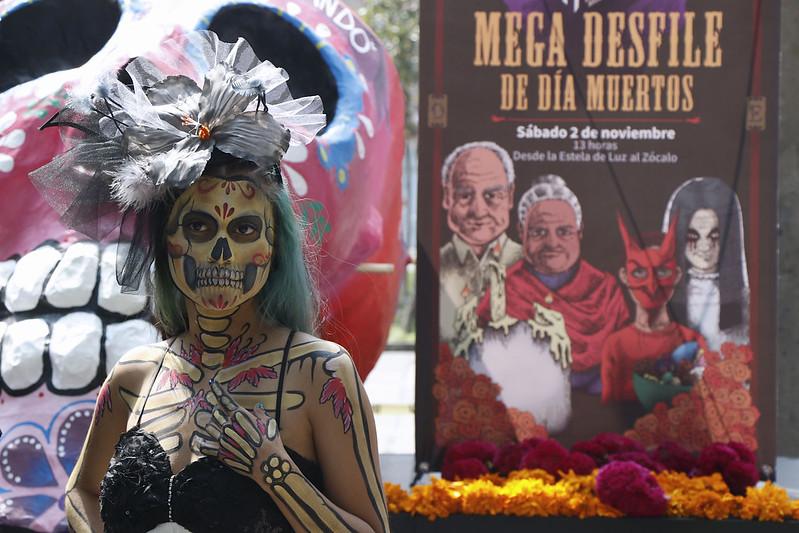 Mega desfile de día de muertos