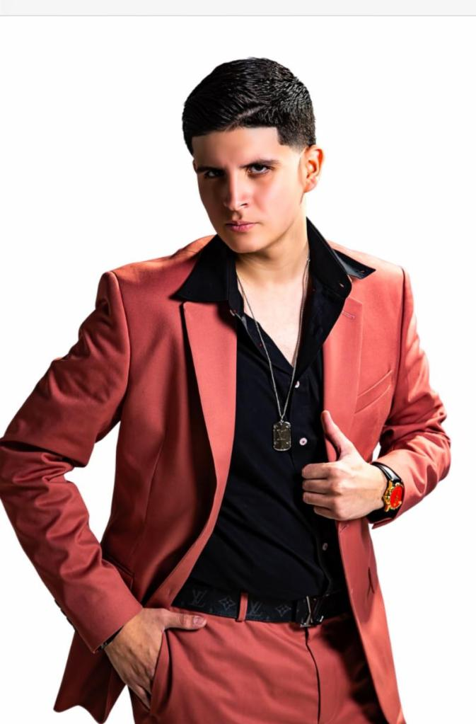 Aldo Trujillo cantante