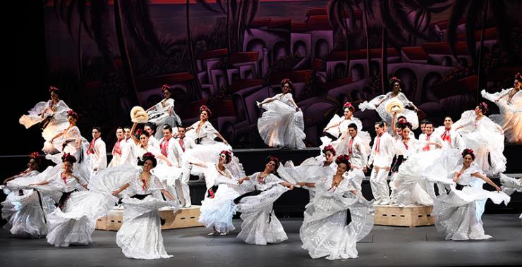 Ballet Folklorico de México